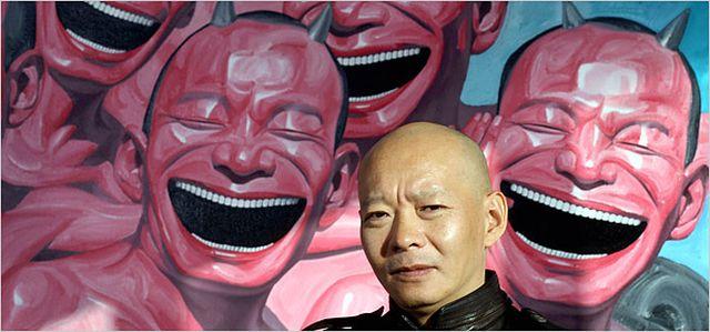 art-artist-famous-smile-yue-minjun-001
